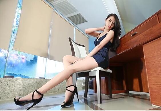【视频】亚l洲大尺码专区mv师生乱伦 老师 把腿张来 不疼你信吗?